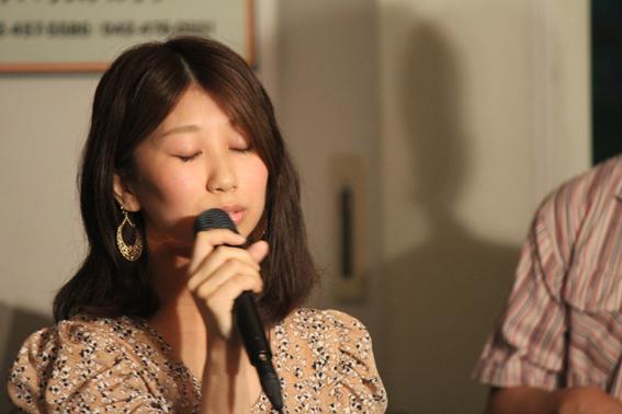 ボーカル Mihoco さん