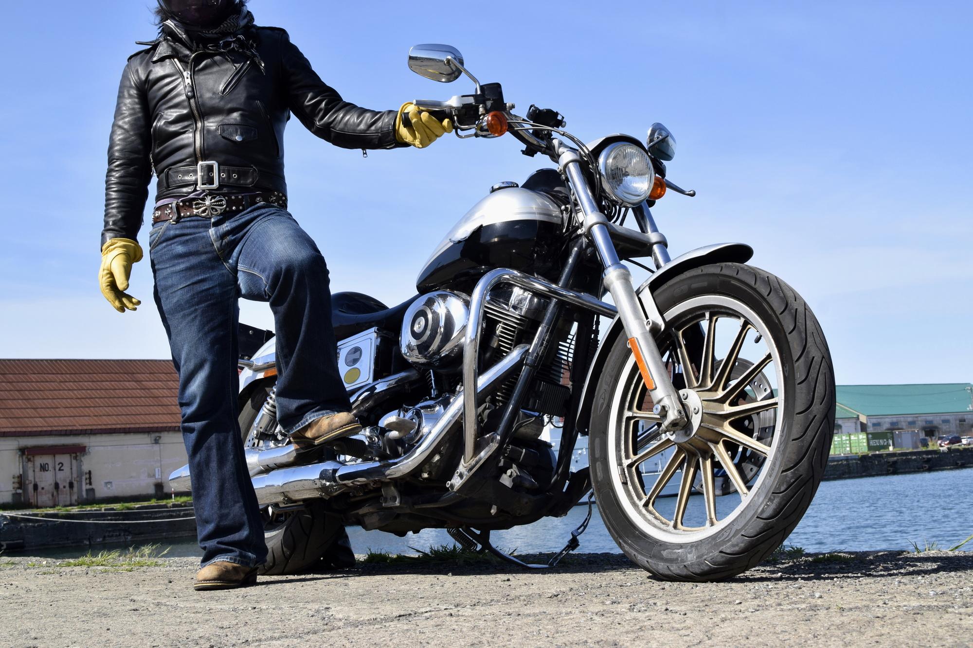 大型二輪車免許で400cc以上のパワフルなバイクを運転できる